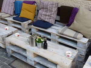 pallet furniture 1
